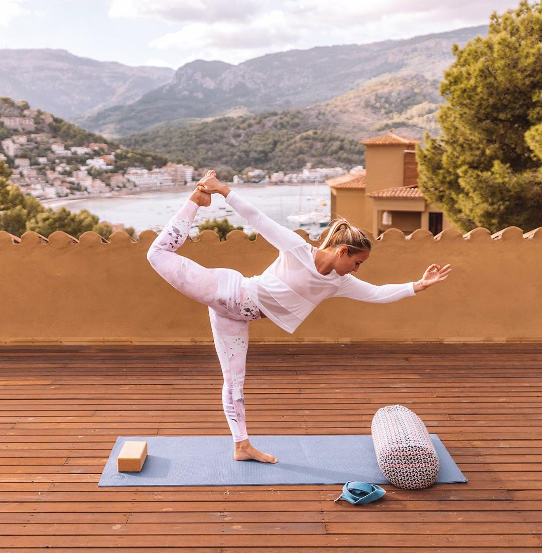Katharina-Yoga-1.jpg